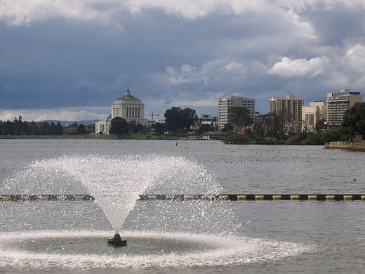 Lake Merritt Fountain